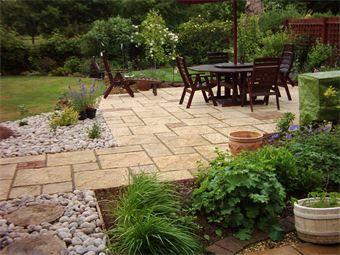 Patio and garden paving design in Cambridge