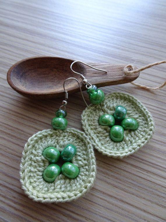 Green earrings/Drop earrings/Dangle green earrings/Handmade