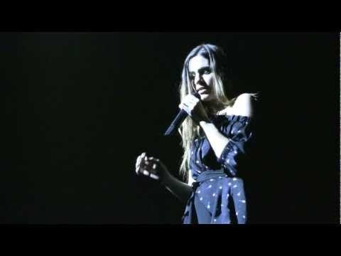 JUEVES - La Oreja de Van Gogh (24/11/11 Teatre Coliseum Barcelona) [HD] - YouTube