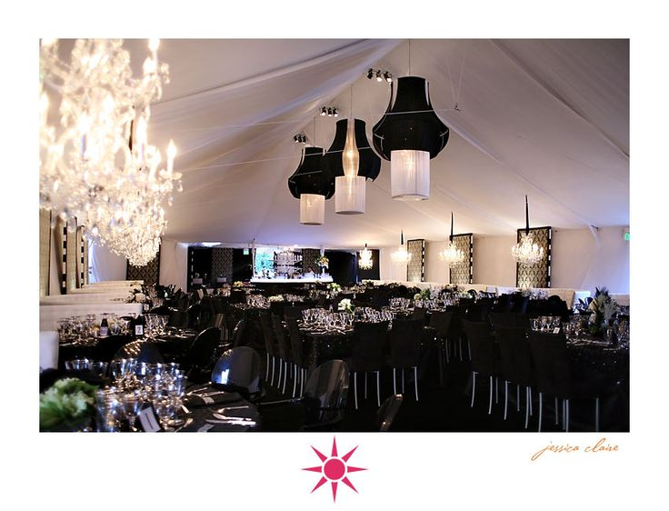 black and white weddingWedding Receptions, White Wedding, Wedding Ideas, Black Wedding, Black And White, Black Ties Affairs, Black White, Chic Design, Wedding Theme