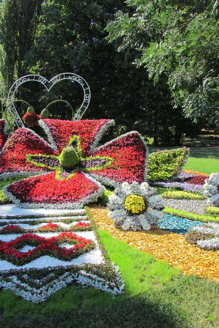 388 best topiary gardens & plant sculptures images on pinterest, Gartengerate ideen