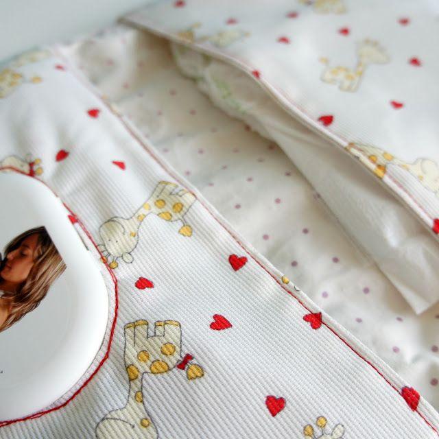 pinafili: Pinafili Films. Bolsa para los pañales y toallitas del bebe.                                                                                                                                                                                 Más