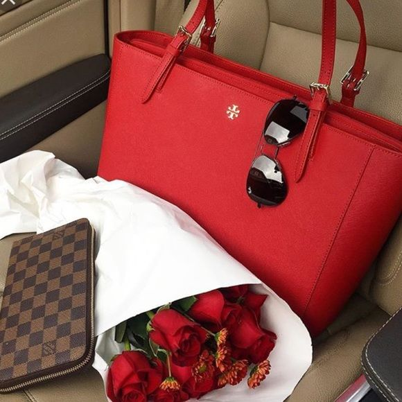 Absolutely stunning red Tory Burch small York buckle tote