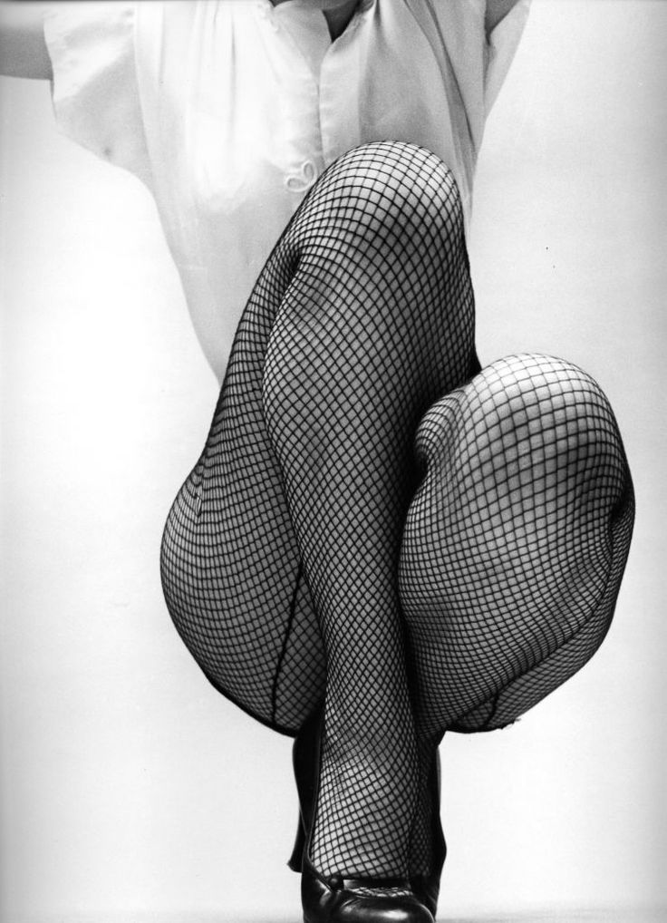 Fernand Fonssagrives......Note to self: If I ever have to make an ad for stockings, go this route.