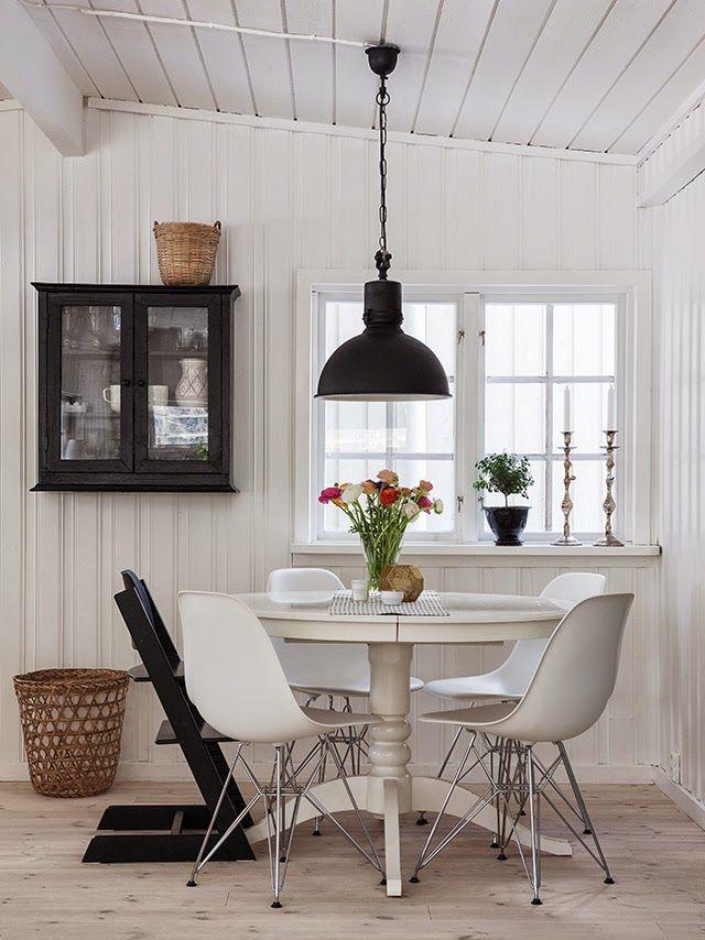 Los espacios en los que hay mesas redondas, aportan más armonía que los espacios decorados con muebles rectangulares.