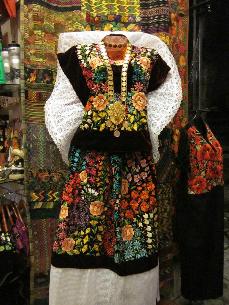 Etnico Textiles Tipicos Oaxaca: Huipiles/Huipiles