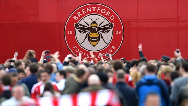 """Brentford FC gets new """"simpler, bolder"""" bee crest - Design Week"""