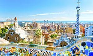Groupon - ✈ Barcelone:2 ou 3 nuits à Casa Maca Guest House avec petits déjeuners, vols A/R depuis Bruxelles Zaventem dès 99€ p.p.* à Barcelona. Prix Groupon : 99€