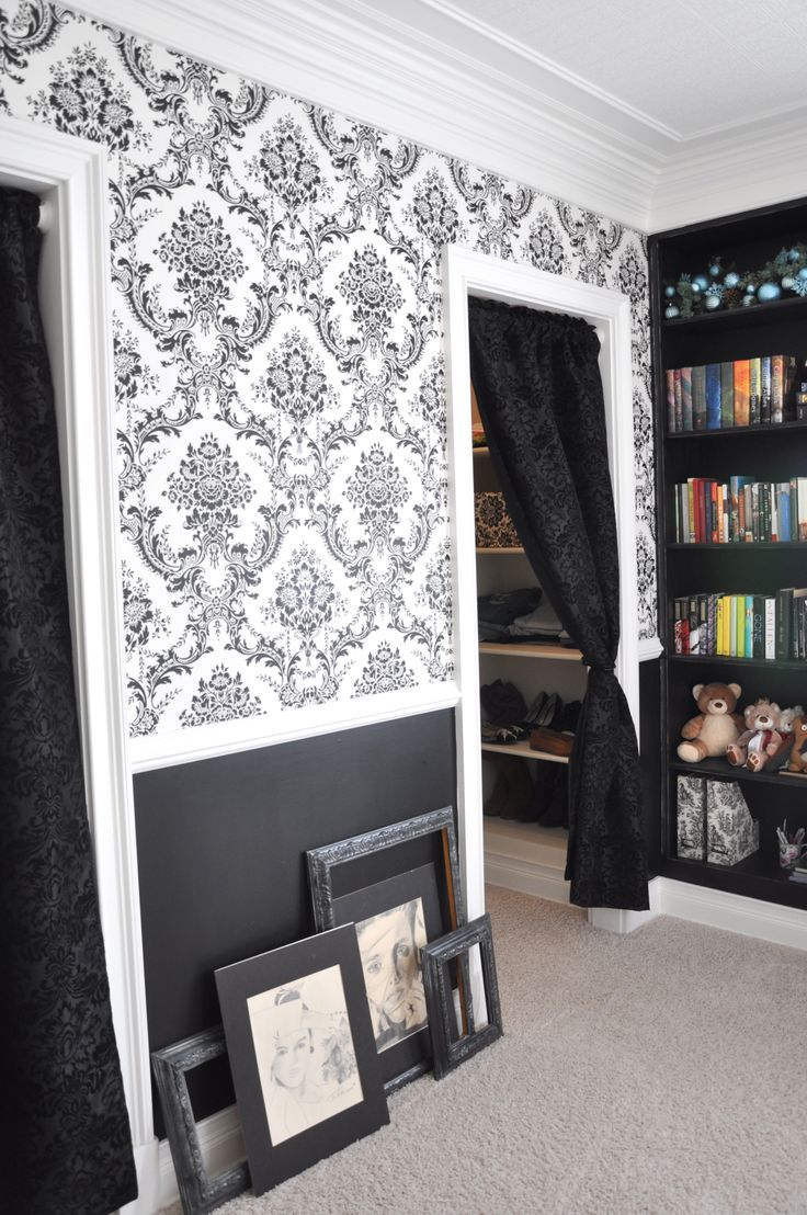 teen bedroom. curtain for the closet, i would love to do that, maybe even a bead curtain would be cool?