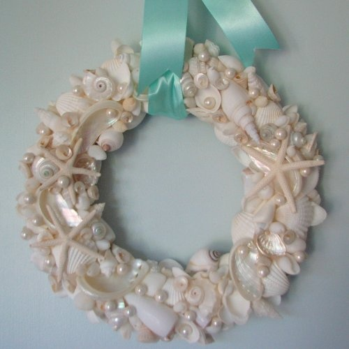 sea shell wreath, with Aqua ribbon of course!