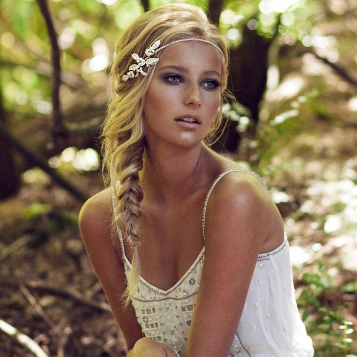 (Foto 10 de 1) 15 peinados de novia bohemios | HISPABODAS