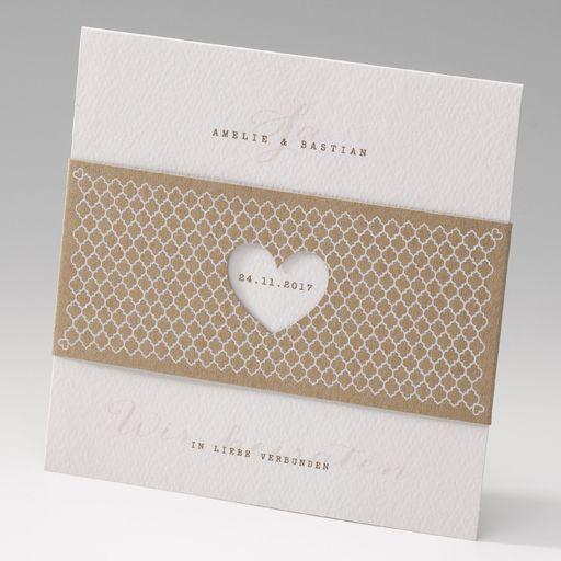 Sehr romantisch und zugleich modern. Diese Einladungskarte bietet viel Platz für Ihren Einladungstext. Ein romantisch / moderner Blickfang! Online bestellen - nur bei uns! top-kartenlieferant