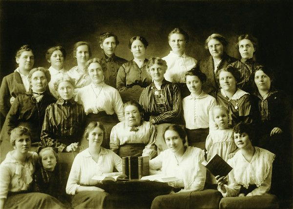 Seattle delegates - In 1905, a group of local Bible students consider Studies In the Scriptures. These ones were called International Bible Students until 1931 when they became known as Jehovah's Witnesses.