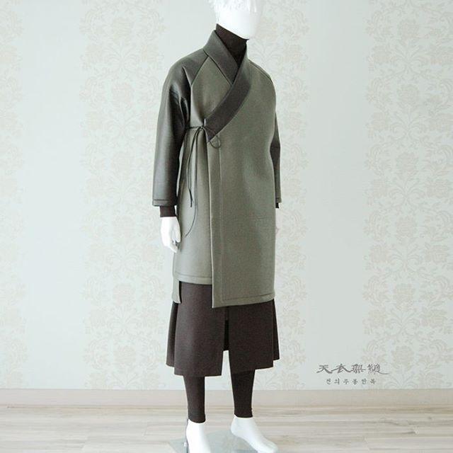 #남자생활한복 새로운 디자인 언밸런스 도련 해밀 장류 위 작품은 199,000 (vat218,900) 디자인 카피보다는 많은 응원과 사랑…