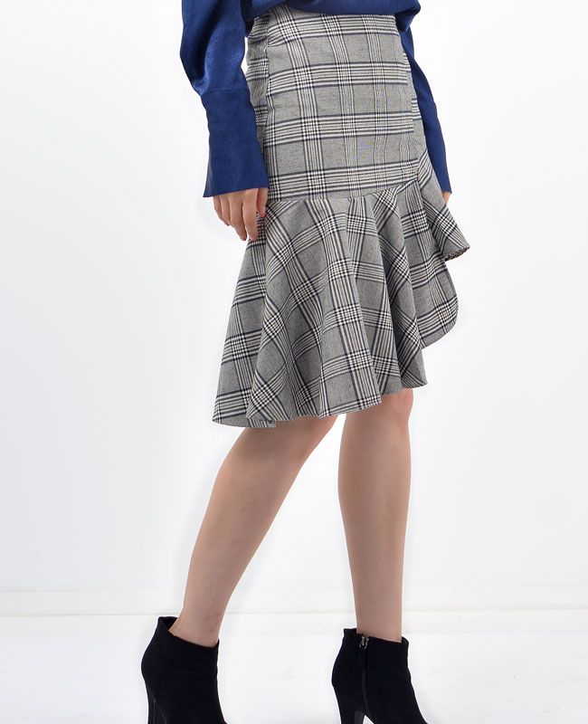 Jessie Check Frilled Unblanced Skirt | Fashion trends online at bosroom.com #frilled skirt #frilled #vibes #fall #check skirt #check