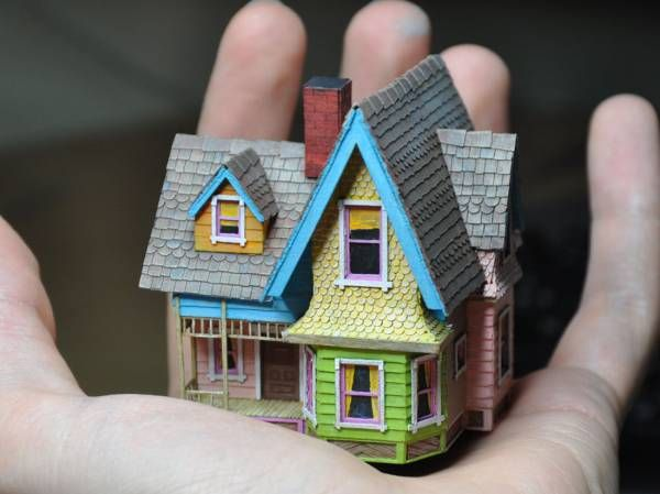 Tektonten Papercraft - Free Papercraft, Paper Models and Paper Toys: Pixar Papercraft: Carl's House Miniature