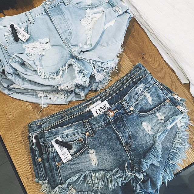 one teaspoon denim cutoffs! avail here: http://shopriffraff.com?rfsn=220972.2b300