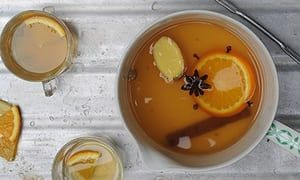 drinks mulled white wine