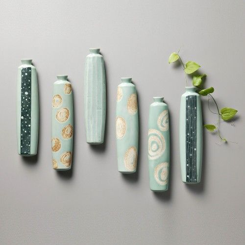 Artisan Handmade Celadon ceramic flower vase by Seung-pyo,Lee, Made In Korea @ https://www.gokoco.com/gkc/home-accessories-decoration/artisan-handmade-celadon-ceramic-flower-vase-by-seung-pyo-lee-made-in-korea.html #handmadearticles #ceramicflowervase #madeinkoreaproducts #handmadeartisans #homeaccessories