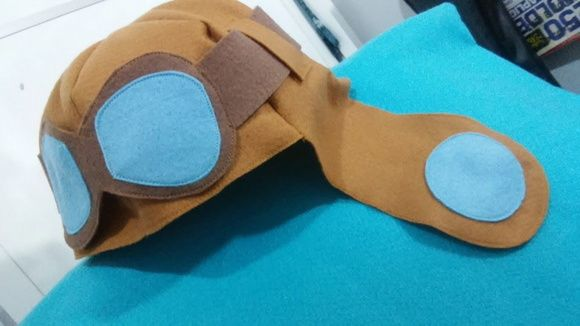 Gorro Aviador Infantil  Material em Feltro.    Pode ser confeccionado na cor desejada.