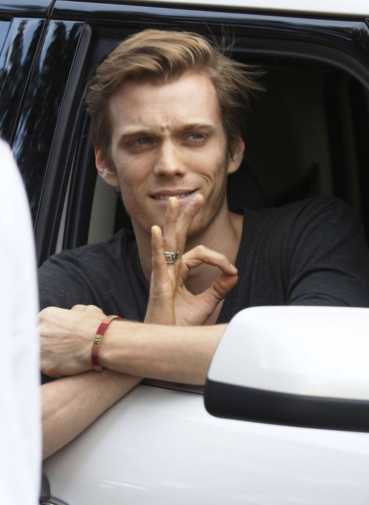 Jake Abel Photos - Jake Abel Signing Autographs After Leaving The Set - Zimbio