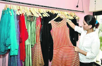 The Hindu : Metro Plus Bangalore / Fashion : French and no frills