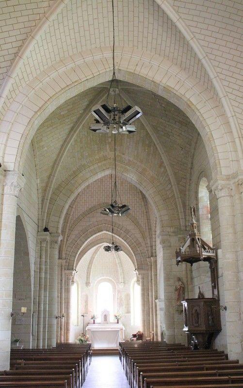 AZAY le RIDEAU; Eglise Saint Symphorien