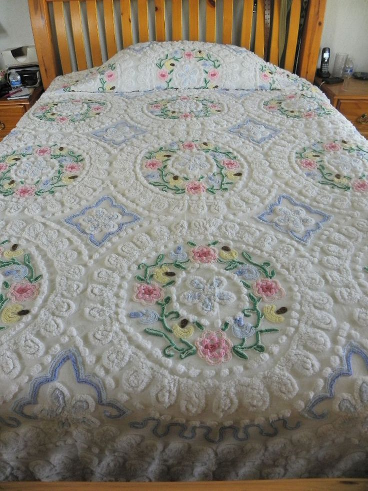 Vintage Chenille Bedspread fluffy white with colorful flowers - Fabulous!