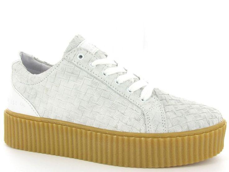 Platform sneakers van het merk Red-Rag , model 74088. €139,95 #sneakers #platform #schoenen #shoes #creepers #flatform #redrag
