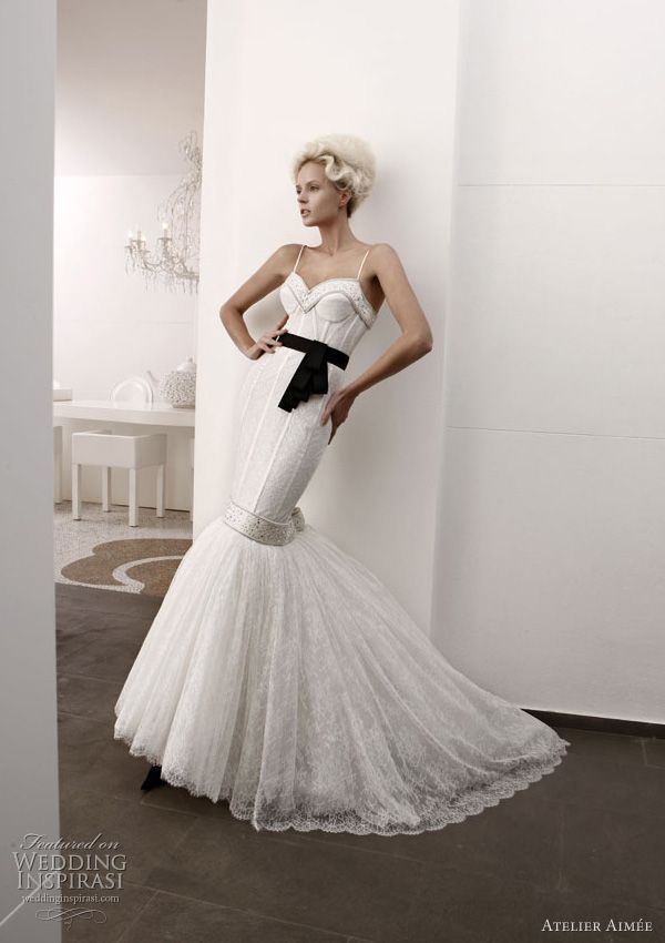 Love the bodice of this dress. Atelier Aimee Black and White collection.