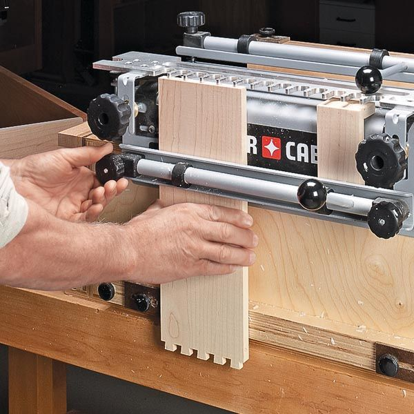 A dovetail jig and a router make building drawers with