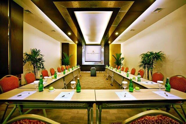 Citrus & Cilantro meeting rooms