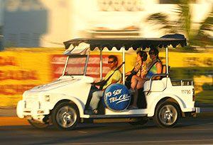 Pulmonia taxi in Mazatlan Mexico