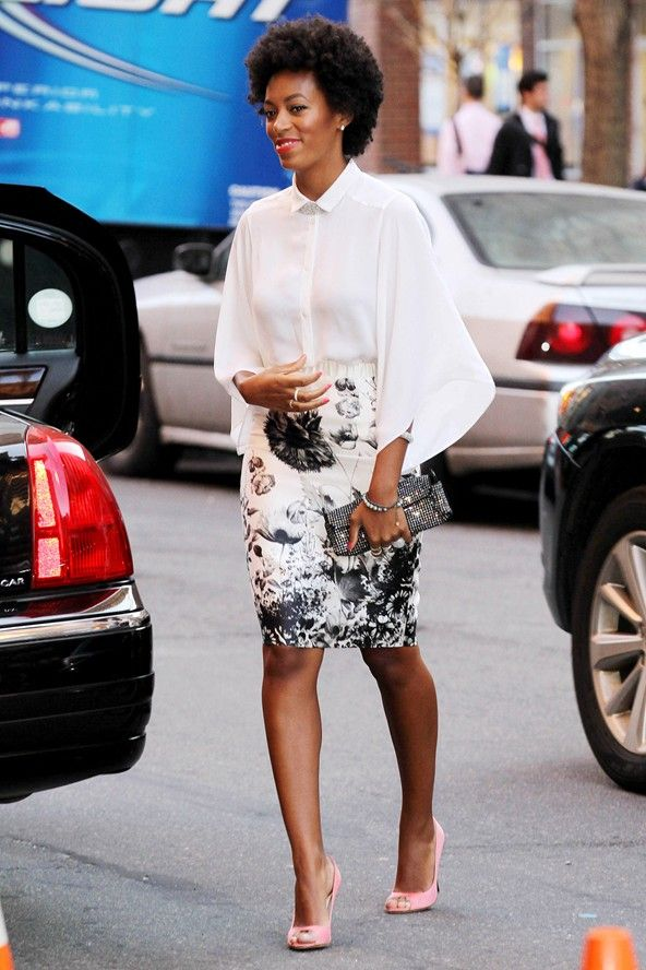 Solange Knowles at Michelle Obama's dinner in New York - Celebrity Fashion Love the pastel pink shoes with crisp white shirt and patterned skirt, topped off with a chunky 'fro.