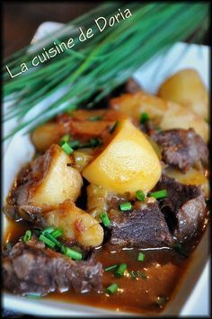 Goulash à la Hongroise, recette de Joël Robuchon - La cuisine de Doria