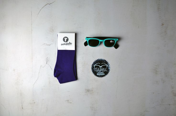 www.sockaholic.com #socks #glasses #color