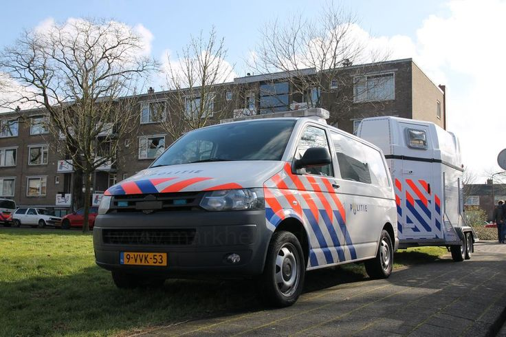 Volkswagen Transporter van de @BeredenPolitie #LandelijkeEenheid #Politie