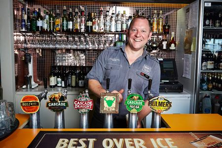 Hotel Bruny - Dave at the Taps - 2013