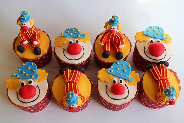 Circus Cupcakes by Isa Herzog, via Flickr