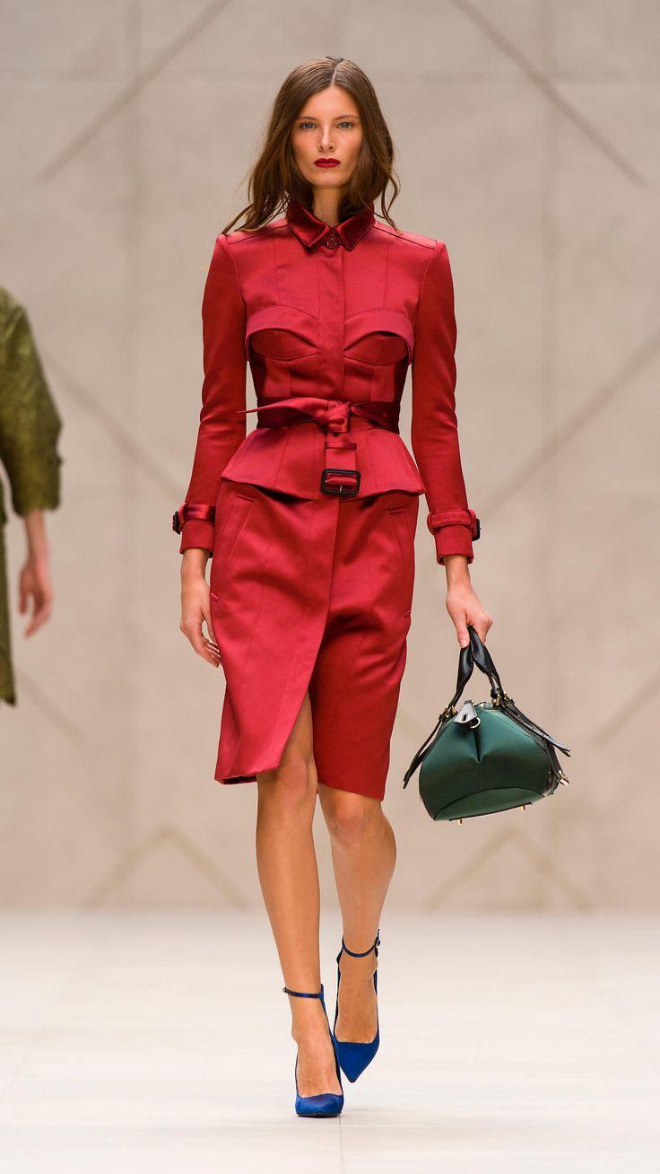 Trench coat con bustier en satén | Burberry