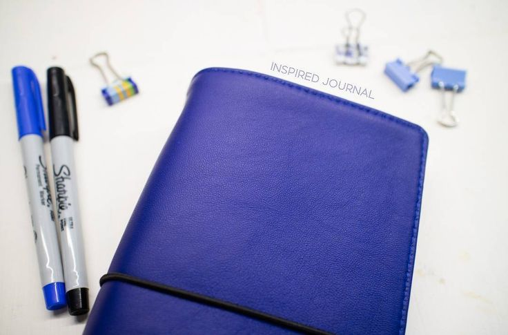 Royal Blue addition to our traveller's notebook collection at etsy! Check out the link in bio. And don't forget of free shipping in June!  #travellersnotebook#travelersnotebook#midori#notebook#leathernotebook#notebookcover#myjournal#myplanner#ежедневник#органайзер#планнер#planner#bujo#sketchbook#скетчбук#stationary
