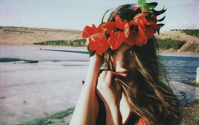 --Mariam Sitchinava, Flower Crowns, Beautiful, Sea, Beach, Flower Children, Mariamsitchinava, Photography, Flower Hair