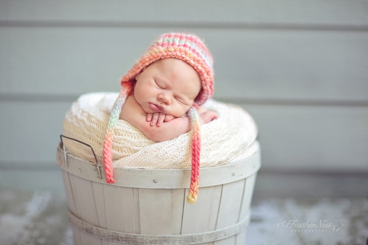 If this isn't proofs that newborns are gorgeous little creatures, then something is wrong with you!