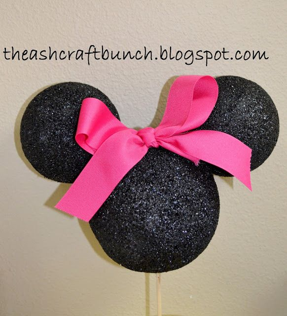 The Ashcraft Bunch: DIY Minnie Mouse Centerpieces