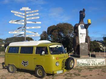 'Ethel by the SA/WA border.' you can read the bloggers' around the world trip • the big kangaroo • South Australia • aussie big things South Australia