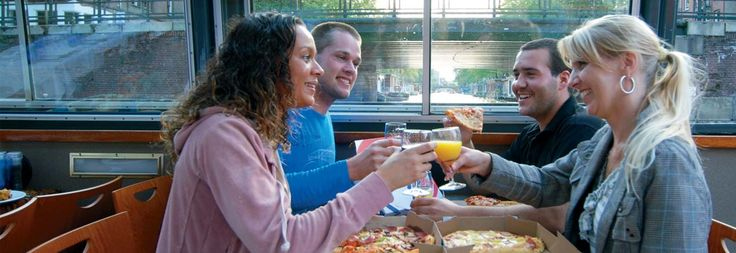 Cruise through Amsterdam with pizza - Canal.nl