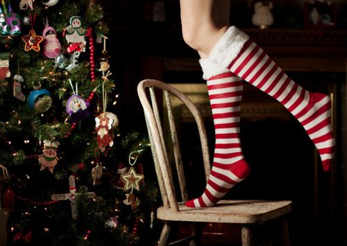 want these!  so cute!Christmas Time, Christmas Socks, Stripes Christmas, Christmas Comforters, Christmas Eve, Christmas Poses, Christmas Trees, Merry Christmas, Christmastime