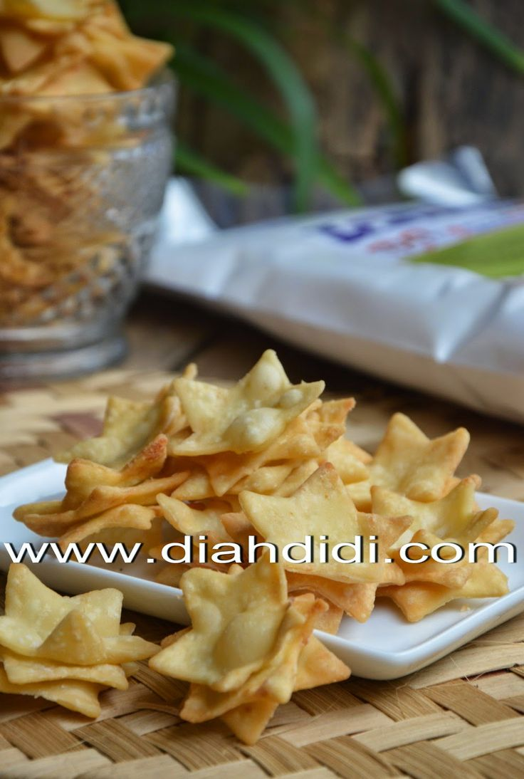 Diah Didi's Kitchen: Keripik Keju Dengan Campuran Tepung kentang..Lebih Kriuk..^^