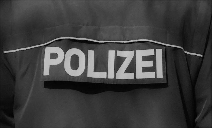 Kaiserslautern – Am Ostersamstag, um 06.20 Uhr, kam es auf dem St.-Martins-Platz zu Streitigkeiten zwischen zwei Männern und einer sechsköpfigen Personengruppe. Nachdem der Streit zunächst nur verbal ausgetragen wurde kam es dann weiter lesen