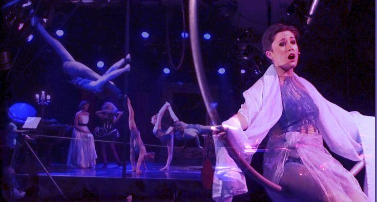 Chloé Charody's circus opera | Hamburg sesason